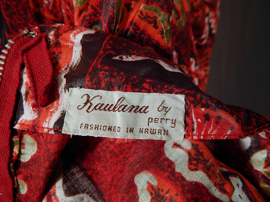 Vintage Kaulana By Perry Hawaiian Polynesian Print Red Cotton MuuMuu Maxi Dress