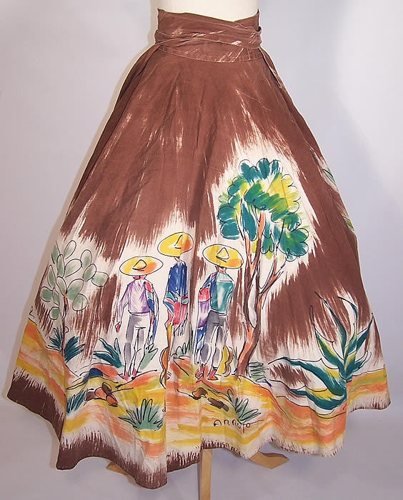Vintage Arroyo Artist Signed Hand Painted Brown Mexican Mariachi Circle Skirt back view