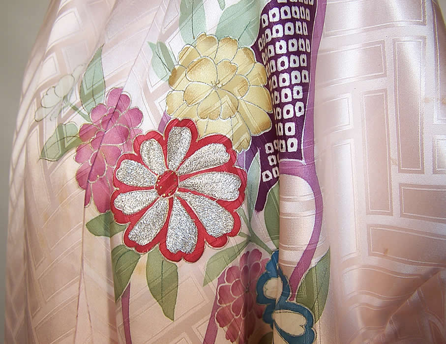 Japanese Geisha Pink Silk Screen Floral Silver & Gold Embroidered Kimono close up