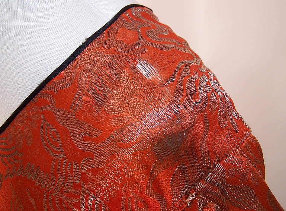Art Deco Orange Lamé Gold Metallic Black Silk Bias Cut Belted Dress a tiny fray on one shoulder close-up