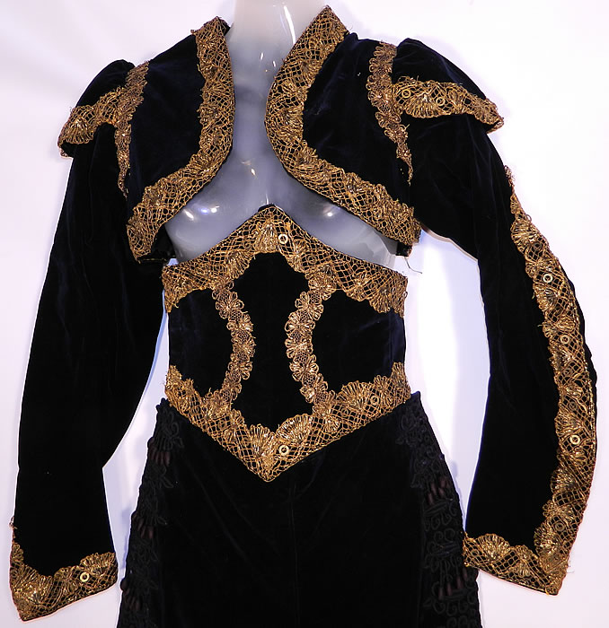 Vintage Spanish Matador Bullfighter Bolero Jacket Knickers Waist Cincher Costume. This magnificent matador Spanish toreadors bullfighters costume includes a bolero short cropped ceremonial jacket, with epaulette ornamental shoulder piece decorations, long fitted sleeves and an open front with no closure.