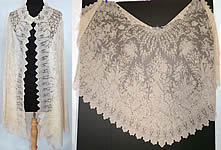 Victorian Civil War Antique Blonde Chantilly Lace Mantilla Shawl Cloak Cape.