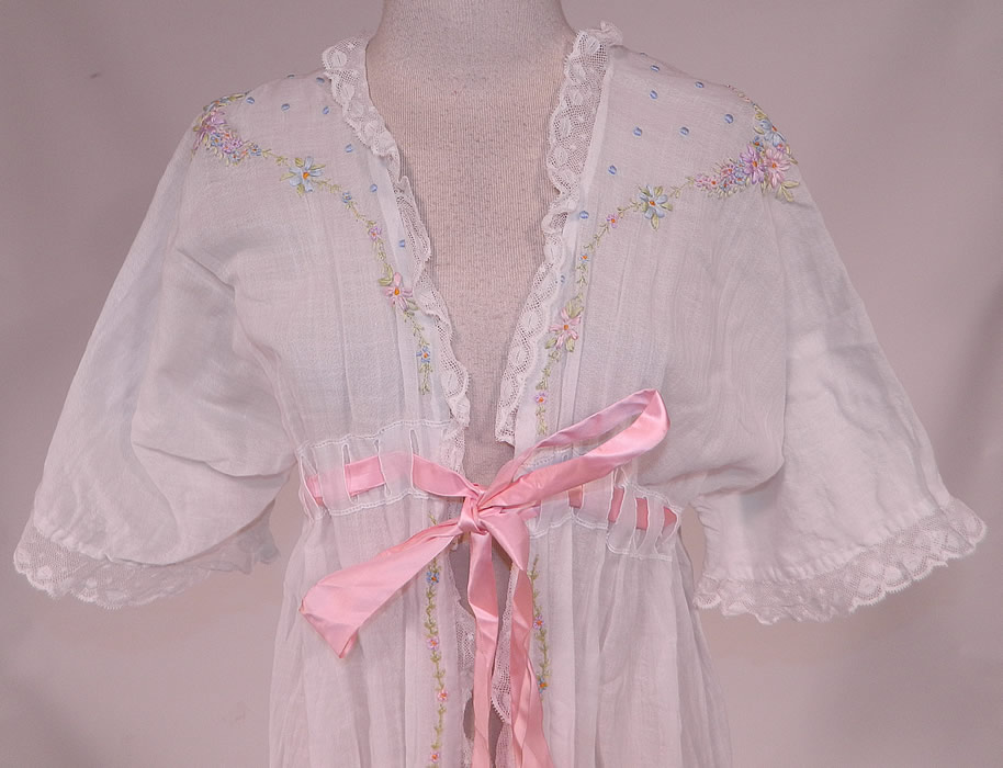 Edwardian Titanic White Cotton Rosette Embroidered Lace Peignoir Dressing Gown Robe