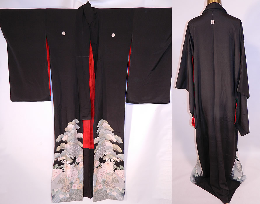 Vintage Japanese Geisha Formal Family Crest Mon Black Silk Screen Floral Kimono