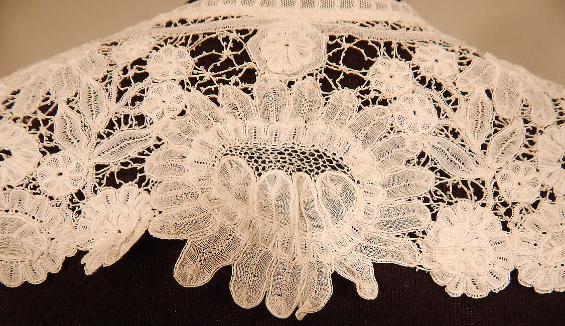 Victorian Antique Hand Made White Duchesse Bobbin Lace Shawl Collar