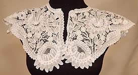 Victorian Antique Hand Made White Belgian Duchesse Bobbin Lace Shawl Collar