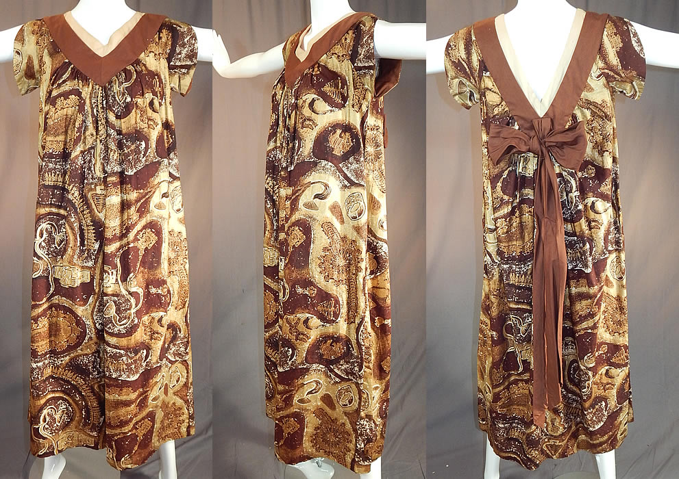 Vintage Watumulls Leilani Hawaii Indonesian Batik Print Gold Cotton MuuMuu Dress