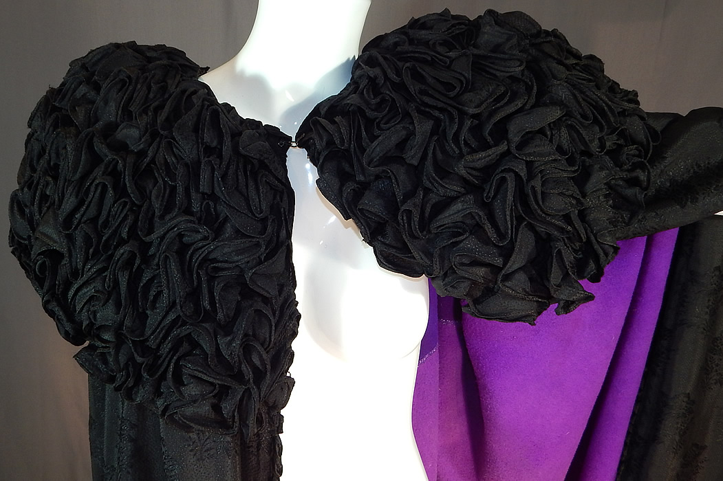 Victorian Black Silk Wool Damask Weave Large Ruffle Collar Cloak Cape