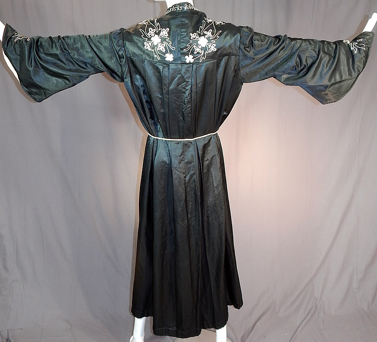Victorian Vintage Ward Stilson Co Fraternal Regalia Odd Fellows Ceremonial Robe Gown