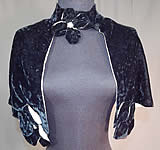 Vintage Black Silk Velvet Flower Trim Short Cropped Cape Evening Shawl Capelet