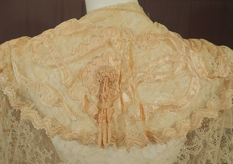 Victorian Blonde Chantilly Lace Cream Silk Applique Trim Bell Sleeve Coat Jacket