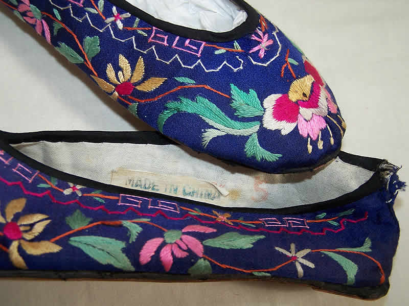 Chinese Silk Embroidered Slipper Shoes