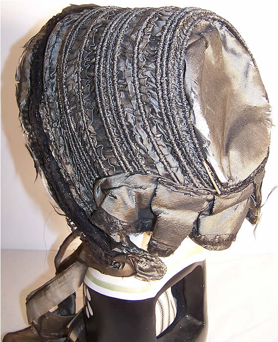Victorian Civil War Era Gray Silk Drawn Shirred Bonnet