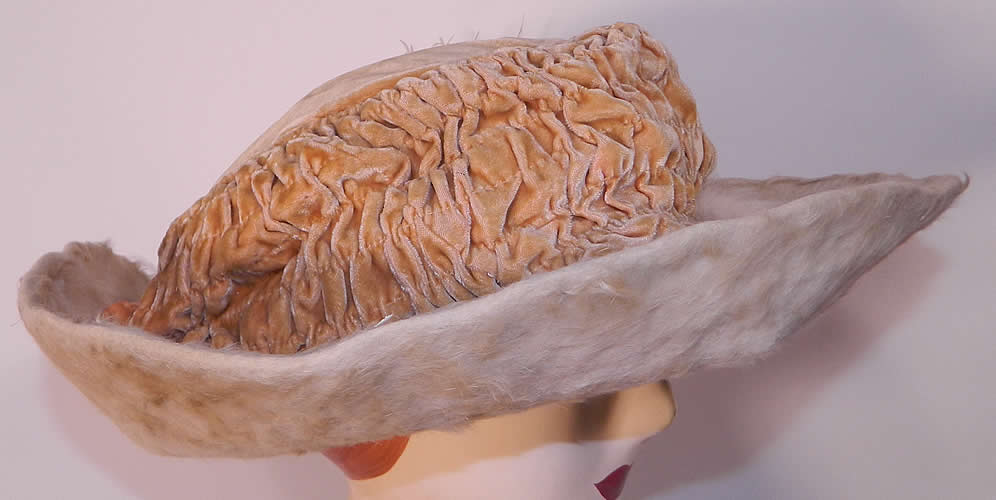 Edwardian Titanic Cream Velvet White Beaver Felt Fur Feather Wide Brim Hat. This beautiful belle epoque grand winter hat has a wide upturned brim and would have sat atop a large full Gibson Girl style updo hairdo with hatpin.