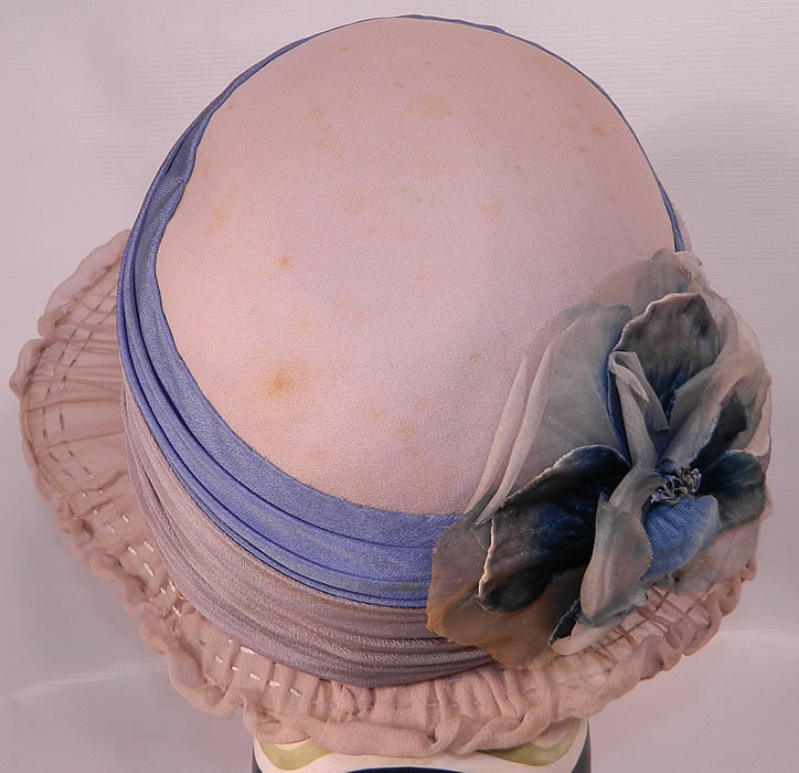 Vintage Maurice Importer Gray & Blue Silk Rose Flower Wide Brim Cloche Hat. It is in good condition, with only some tiny faint age spot stains. This is truly a wonderful piece of wearable millinery art!