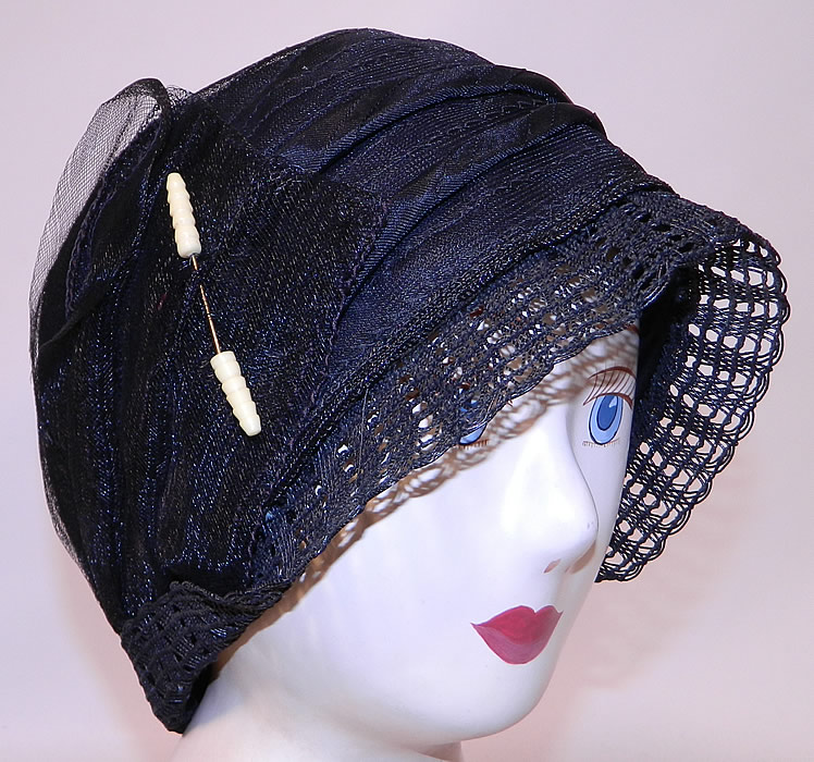 Vintage Art Deco Woven Black Horse Hair Straw  Flapper Cloche Hat & Hatpin. This vintage Art Deco woven black horse hair straw flapper cloche hat and hatpin dates from the 1920s.