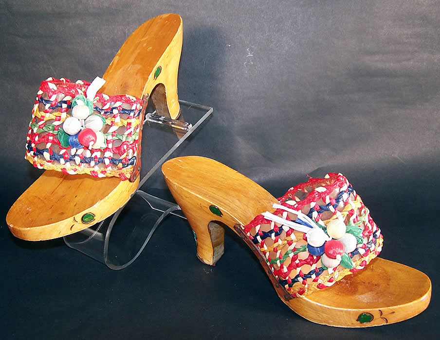 Vintage Raffia Straw Carved Wooden Painted Flowers Sandal Shoes Mules