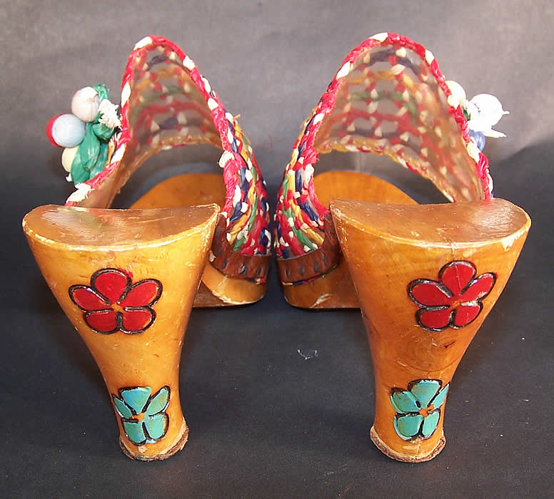 Vintage Raffia Straw Carved Wooden Painted Flowers Sandal Shoes Mules heels