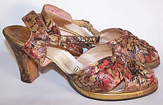 Vintage 1940s Gold Metallic Lamé Leather Platform Ankle Strap Shoes