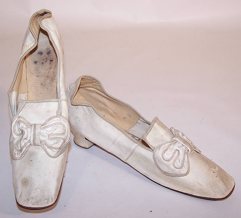 Victorian Wedding White Kid Bow Trim High Back Heel Straight Sole Shoes