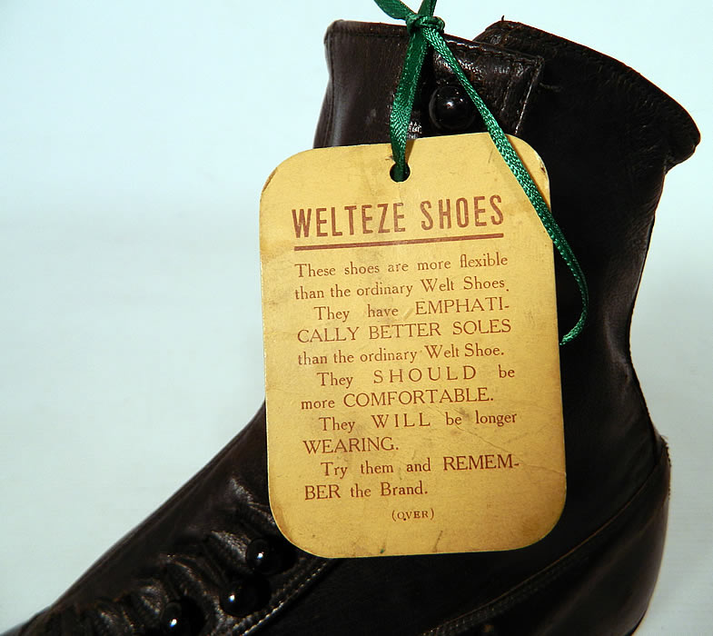 Victorian Unworn Vintage Welteze Shoes Black Leather High Button Boots. These antique boots are difficult to size for today's foot, but my guess would be about a US size 6 narrow width. They are in unworn excellent wearable condition, with only a tiny scuff mark on the back heel.