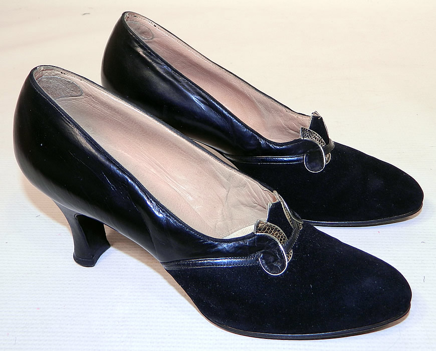 Vintage Sage Allen Co Hartford Art Deco Black Suede Leather Shoes. This pair of vintage Sage Allen Co Hartford Art Deco black suede leather  shoes date from the 1930s.They have  been gently worn and are in good condition. These are truly a wonderful piece of wearable Art Deco shoe art!