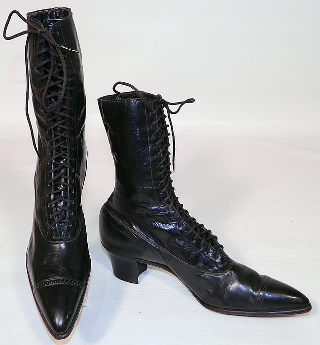 Vintage Poehlman Shoe Co Unworn Victorian Black Leather High Top Lace-up Boots. These antique boots are difficult to size for today's foot, but my guess would be about a US size 7 narrow width. They are old store stock, in unworn good wearable condition, with only some scuffs marks on the bottom of one shoe from display & storage. These are truly a rare and beautiful quality made antique boot!