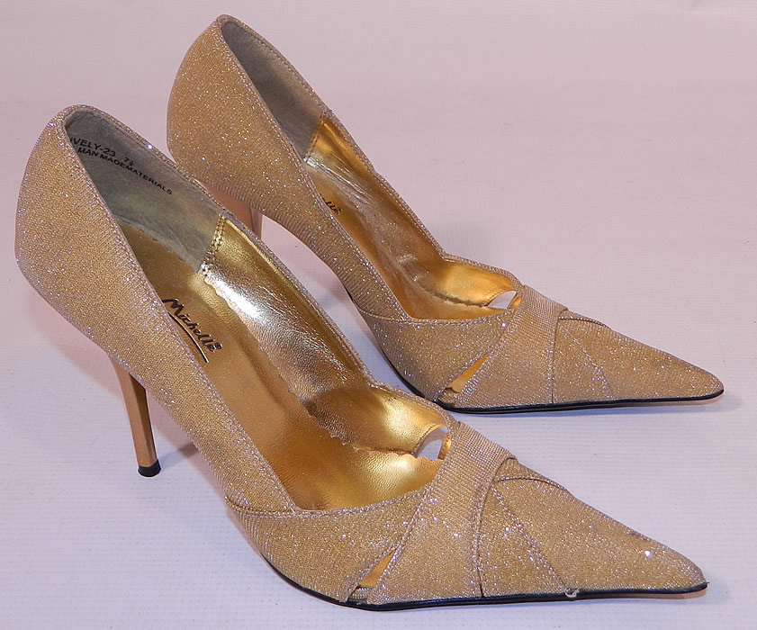 Vintage Anne Michelle Winklepickers Gold Lame Lamé Stiletto Heel Shoes. This pair of vintage Anne Michelle winklepickers gold lamé stiletto heel shoes date from the 1960s.They are in excellent unworn condition and have never been worn. These are truly a rare and wonderful piece of wearable shoe art!