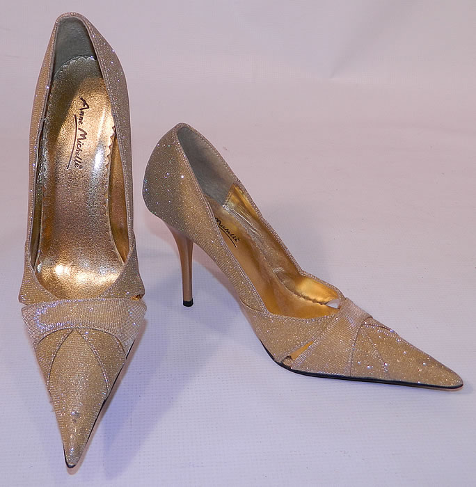 Vintage Anne Michelle Winklepickers Gold Lame Lamé Stiletto Heel Shoes. They are made of a gold metallic lamé fabric with a sparkle glitter glitz fleck sheen.