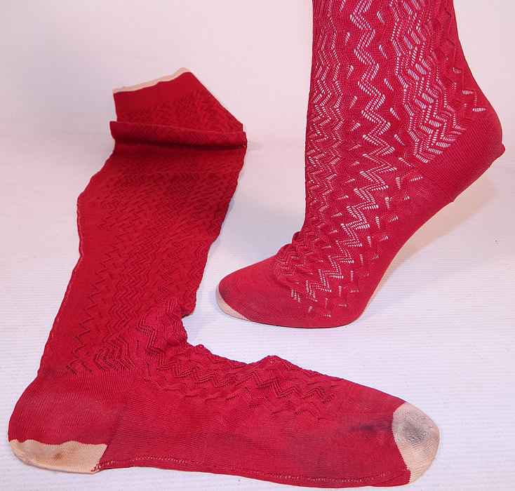 Victorian Red Cotton Knit Chevron Zigzag Pattern Thigh High Stockings Socks