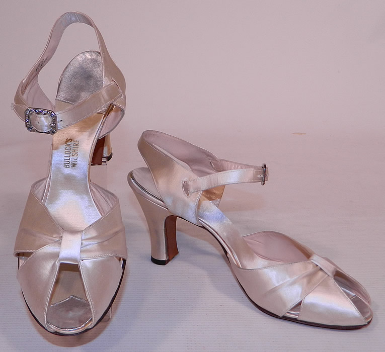 Vintage Bullock's Wilshire White Silk Satin Ankle Strap Evening Bridal Wedding Shoes