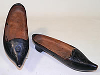 Vintage Antique Belgium Carved Wooden Decorations Ladies Clogs Klepper Shoes