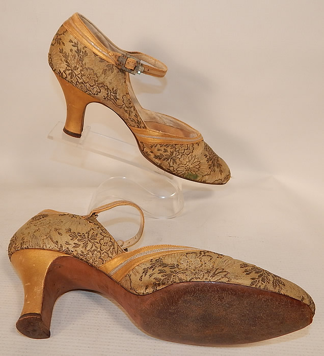 Vintage Saks Fifth Avenue Art Deco Gold Silver Leather Lamé Lame Brocade Flapper Shoes