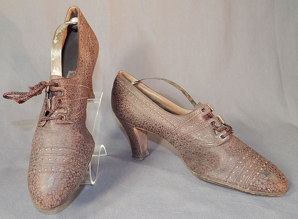 Vintage Ingenue Model Brown Textured Crackle Mosaic Leather Laceup Oxford Shoes