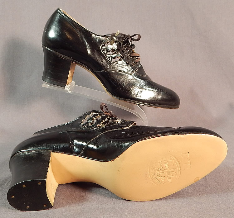 Unworn Vintage Anna Walker Arch Joy Cutout Straps Black Leather Laceup Shoes