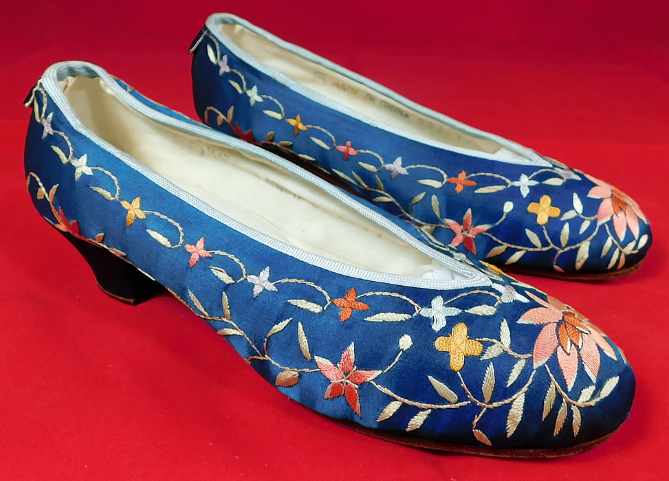 Antique Chinese Blue Silk Colorful Floral Lotus Embroidered Heel Shoes
