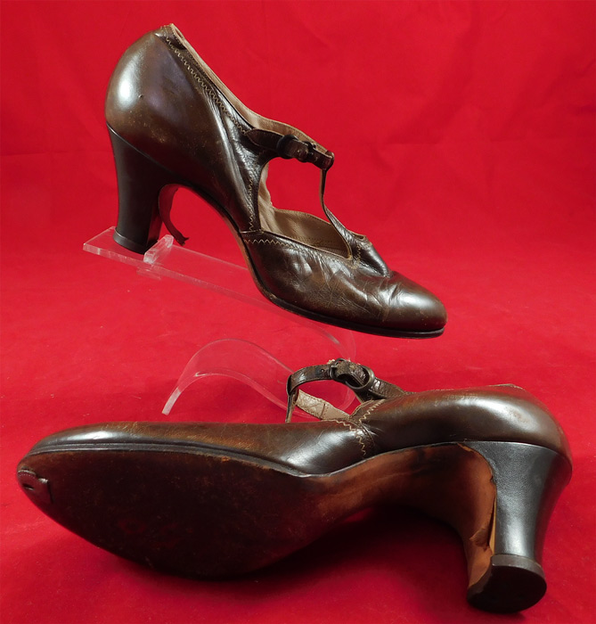 Vintage Art Deco Brown Leather Decorative Stitching T-Strap Flapper Dance Shoes