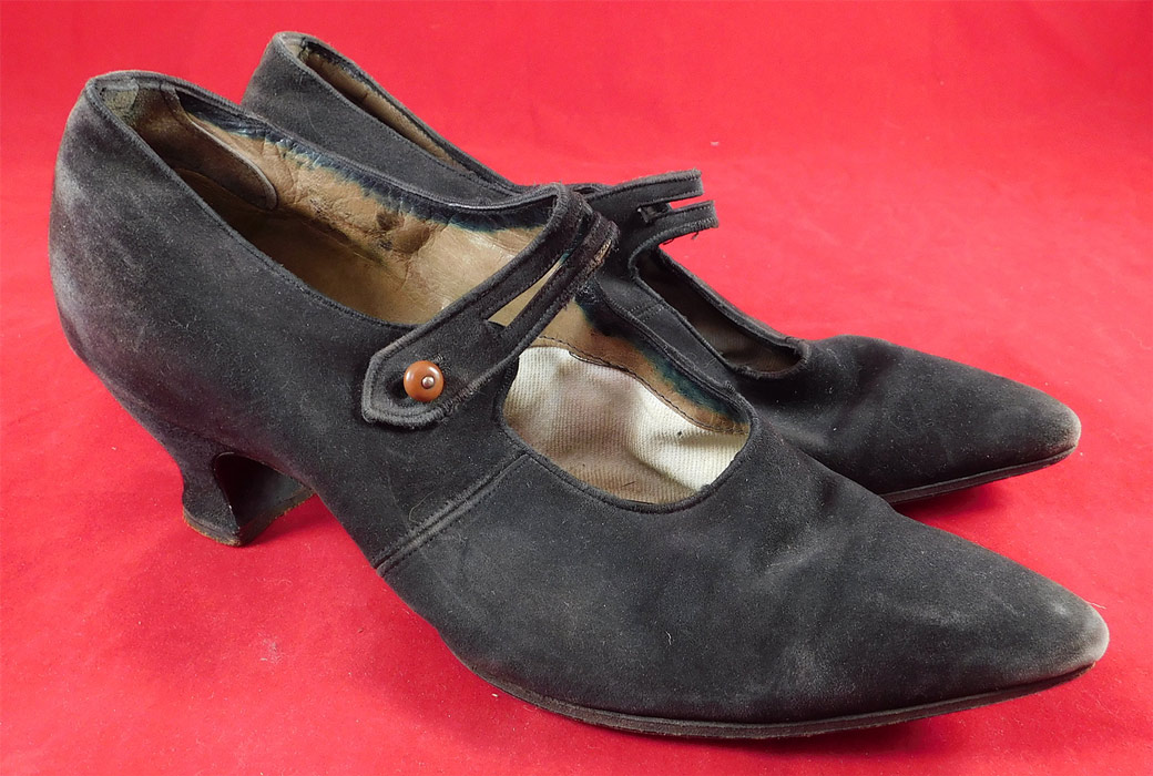 Vintage Fred T. Huggins Edwardian Black Suede Button Strap Mary Jane Shoes