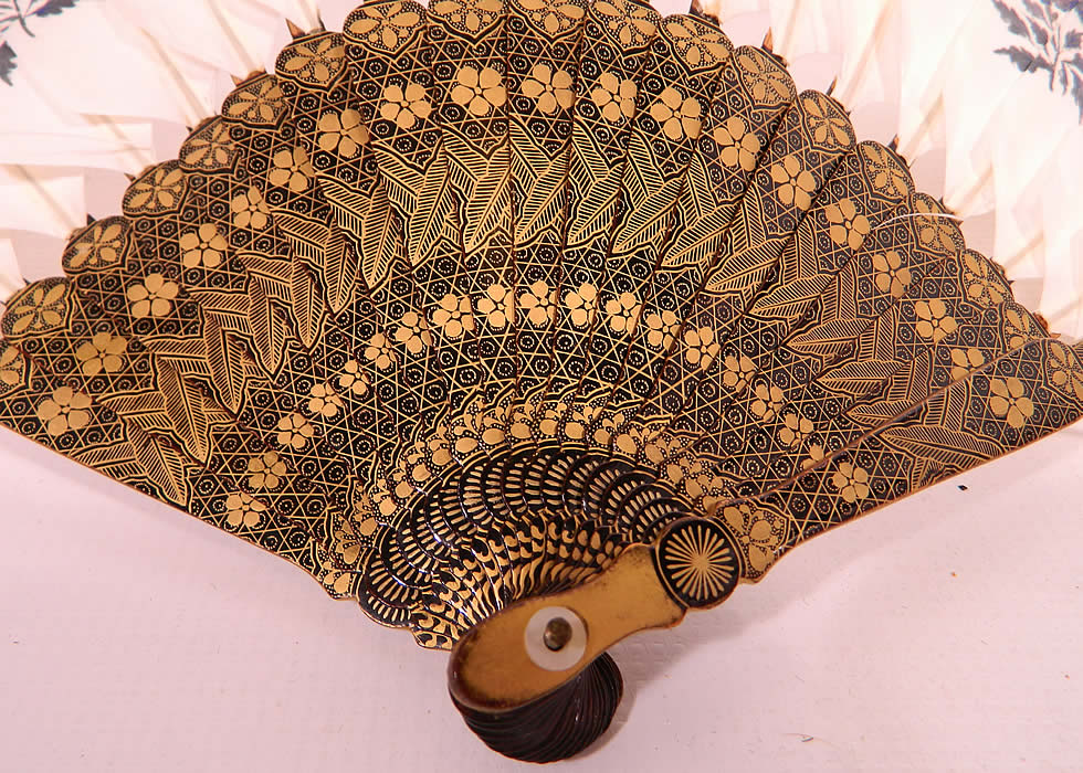 Antique Chinese Hand Painted Silver Leaf Feathers Gold Lacquer Fan & Box.