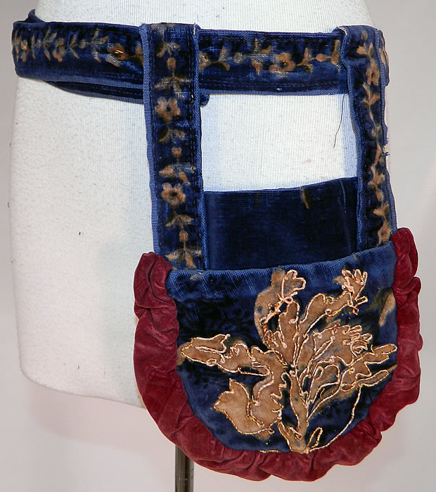 Victorian Antique Printed Velvet Soutache Embroidered Belted Pouch Purse. It is in good condition, with only some minor wear and some loose soutache trim (see close-up). This is truly a wonderful piece of antique Victoriana textile art!