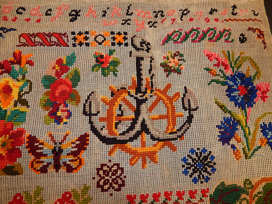 Victorian Antique 1898 Berlin Wool Work Embroidery Needlepoint Sampler