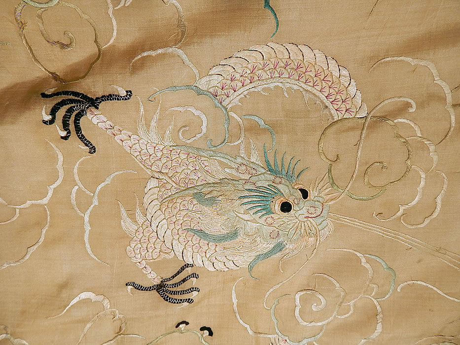 Antique Chinese Dragon Pongee Raw Silk Embroidery Fringe Shawl Tablecloth Tapestry