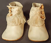 Victorian Antique White Kid Leather High Button Baby Boots Infant Childrens Shoes